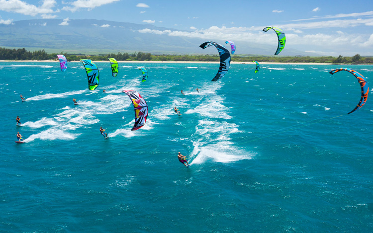 Kiteboarding: check your equipment before you go | Photo: Naish