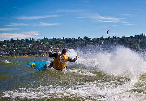 Kiteboarding 4 Cancer: Hood River fun