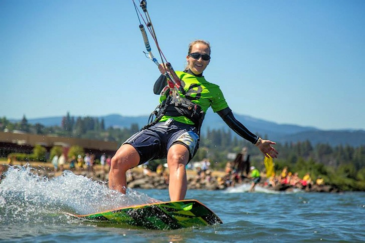 2014 Kiteboarding 4 Cancer: sharing and caring
