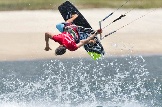 Kiteboarding: communication is everything