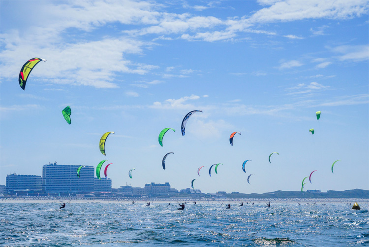 Sylt: one of the most popular kiteboarding spots in Germany | Photo: KTE