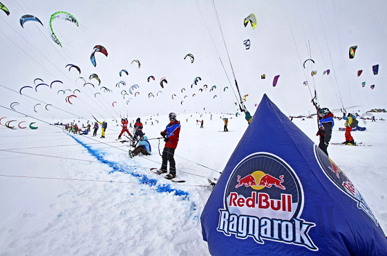 Red Bull Ragnarok: 200 snow kiteboarders meet up in Norway