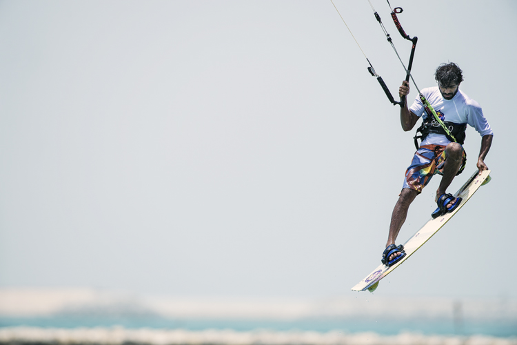 Kiteboard grabs: it is all about style and level of difficulty | Photo: Chidiac/Red Bull