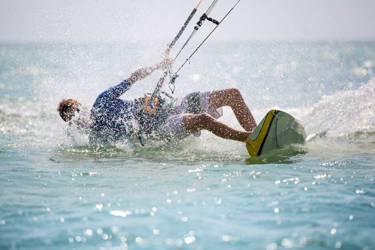 Kiteboarding: injuries are frequent | Photo: Shutterstock