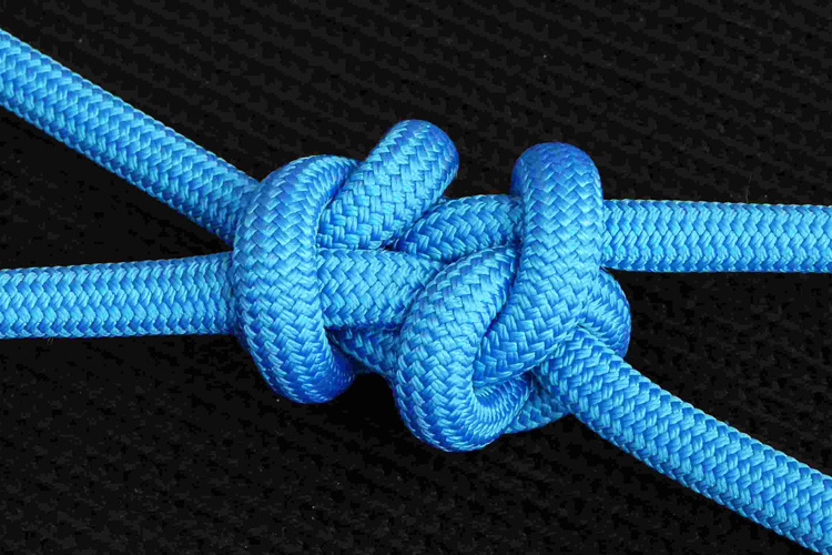 Knots: learn how to untie them from kite lines