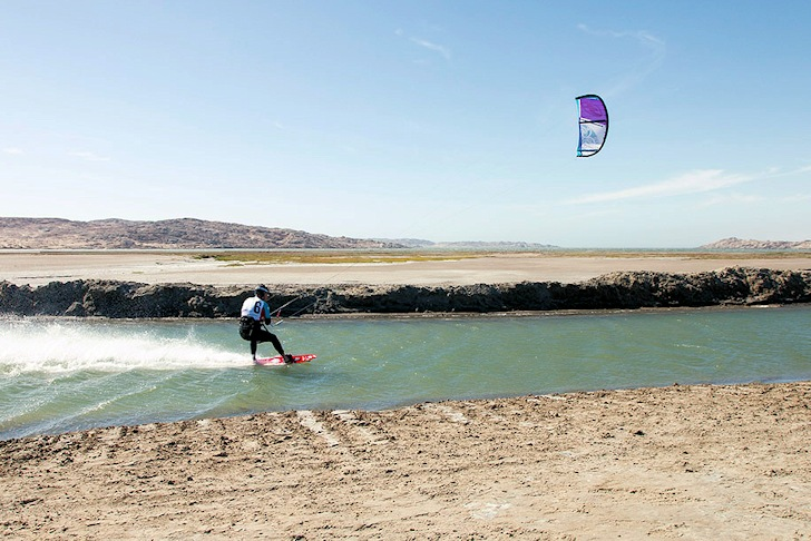 Luderitz Speed Challenge: chasing Caizergues