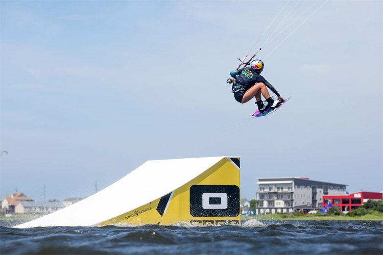 Kite Park League: a circuit for slider and kicker kiteboarding fans | Photo: Bromwich/Triple-S Invitational