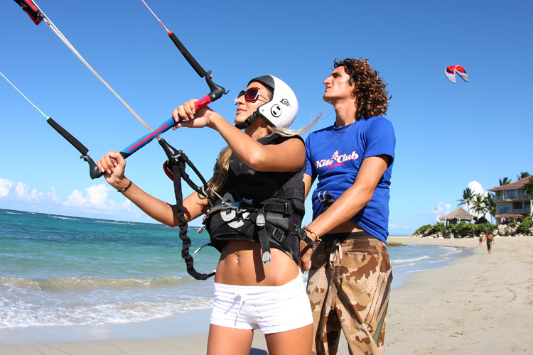 What to expect from kitesurfing lessons