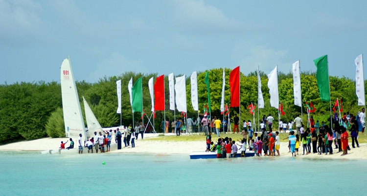 Maldives: the first-ever kiteboarding clinic | Photo: Afraa and Pato