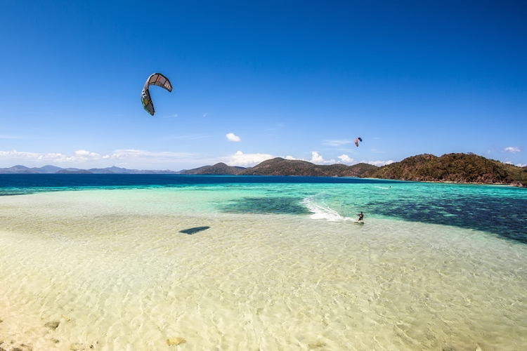 Philippines: turquoise waters and steady winds | Photo: 250K Kite Camp