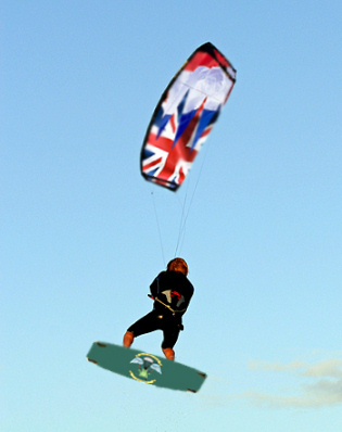 Kitesurfer to cross the English Channel