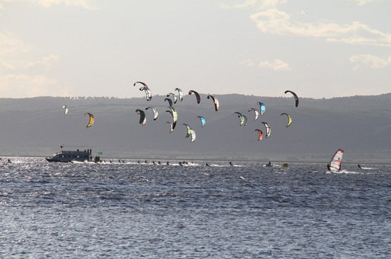 European Kite Tour: 44 kiteboarders from 14 nations