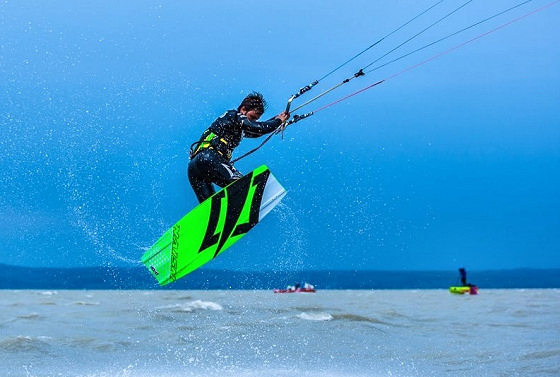 Kitesurf Tour Europe: riding the old Continent
