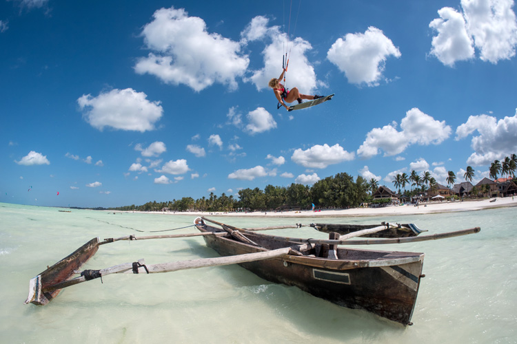Paula Novotna: showing off her kite skills in Zanzibar | Photo: Laci Kobulsky