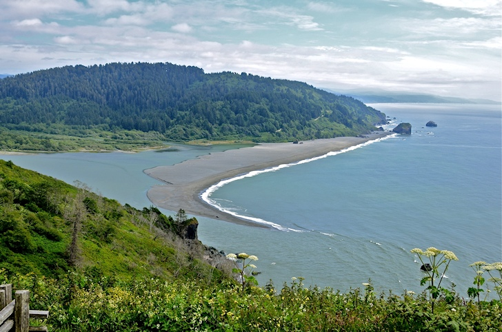 Klamath River: find the solid right-hand barrel | Photo: Linda Tanner/Creative Commons