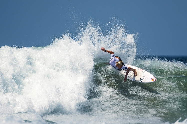 Kolohe Andino: focused and deadly | Photo: Owen/AOS