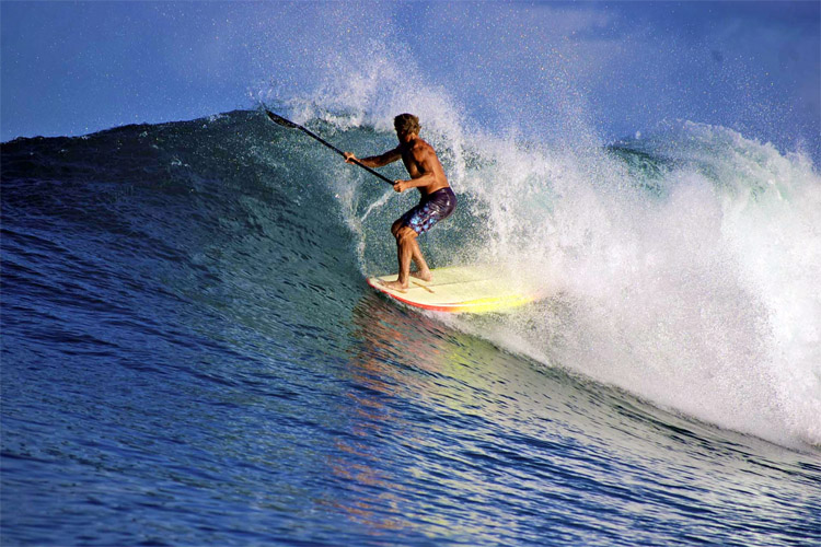 Laird Hamilton: he loves stand-up paddleboarding | Photo: LairdHamilton.com
