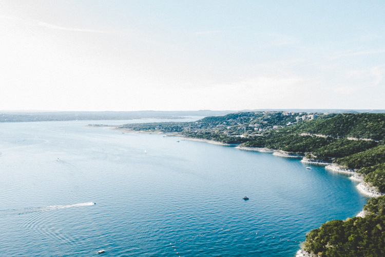 Lake Travis, Texas | Photo: Creative Commons