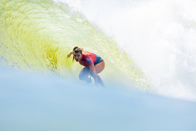 Lakey Peterson: a powerful performance in California's ultimate wave pool | Photo: Miers/WSL