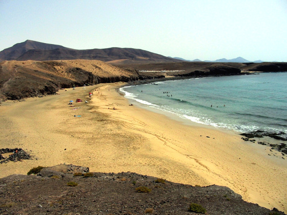 Lanzarote: battle ground for the kiteboarding competitions