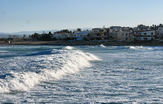 Latakia: surfing is possible in Syria | Photo: Motley Planet