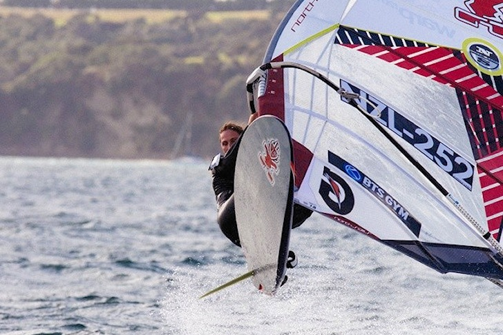 Laurence Carey sails to victory in Manly