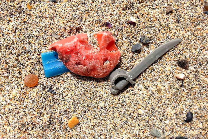 Lego: washing up in Cornwall since 1997 | Photo: Lego Lost At Sea