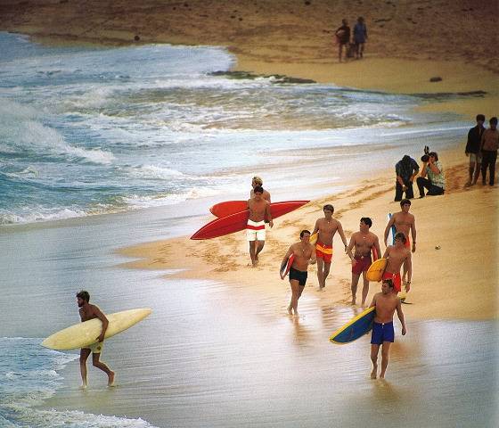 Leroy Grannis: surfing and photography as a unique passion
