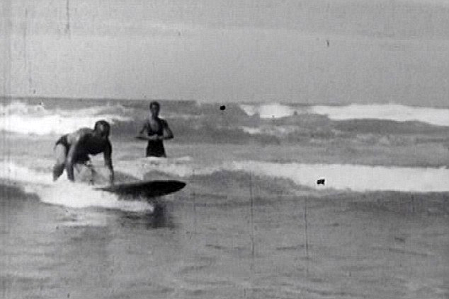 Newquay, 1929: first waves ridden by British surfers