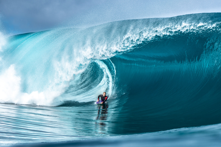 Teahupoo: boats are photographers' worst nightmares | Photo: Hahn