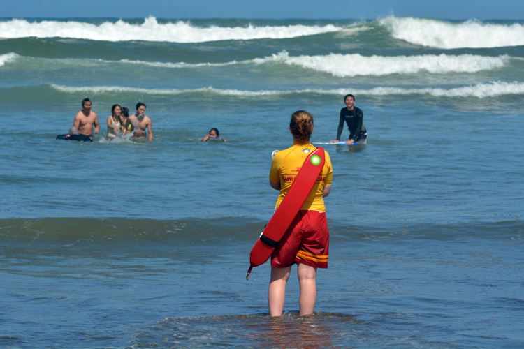 Lifeguard: prevention and education are critical for ensuring water safety | Photo: Shutterstock