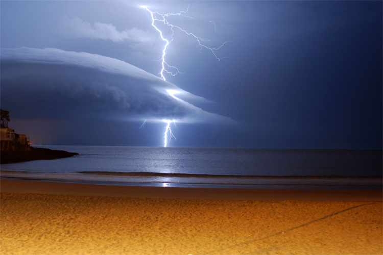 Lightning strikes: surfers are an easy target | Photo: Jan Faborsky