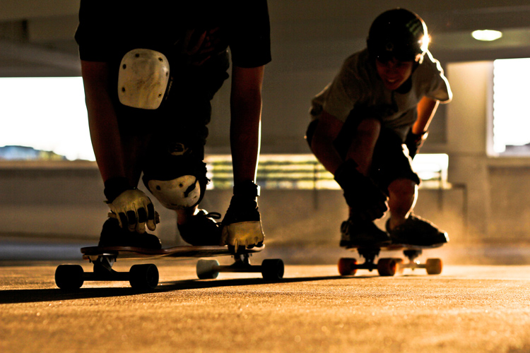 Longboard skateboards: cruise, carve and relax | Photo: Peter Kim/Creative Commons