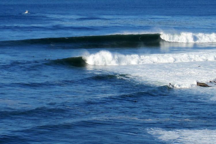 Lunada Bay: on good day, it is a splendid right-hand point break | Photo: tiarescott/Creative Commons