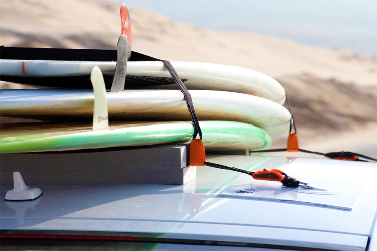 Surf Rack For Car >> The World S First Magnetic Surfboard Car Rack