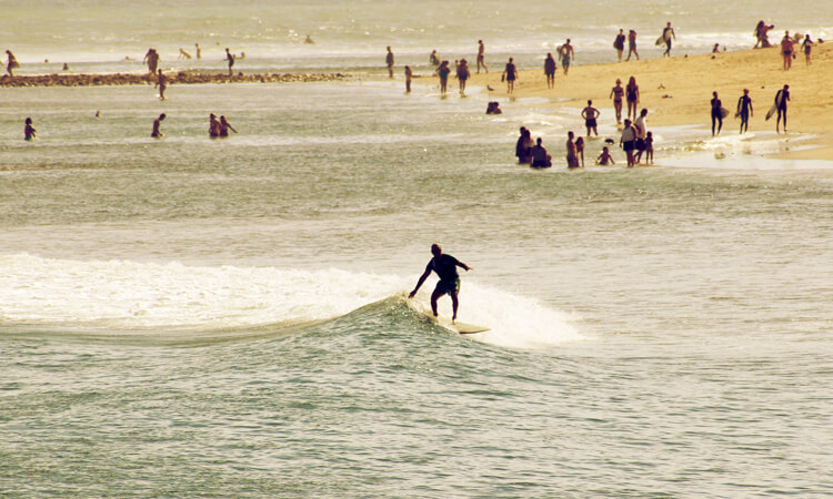 Malibu: the ultimate California point break | Photo: Straiton/Creative Commons
