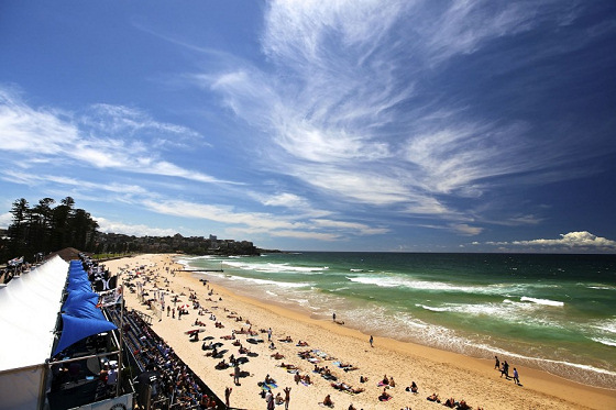 Manly Beach: birthplace of Australian surfing