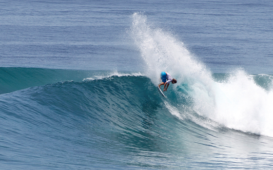 Mark Occhilupo: blasting the Maldives