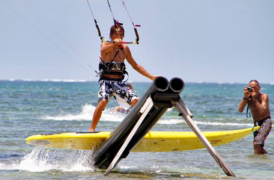 Madinina Kite Challenge: a mix of wakeboarding and kiteboarding