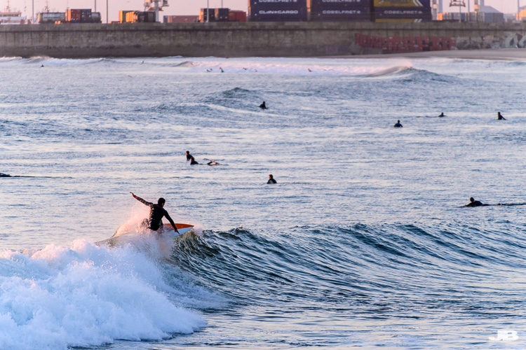 Matosinhos: the Portuguese break offers over 300 days per year of surfable waves | Photo: Creative Commons