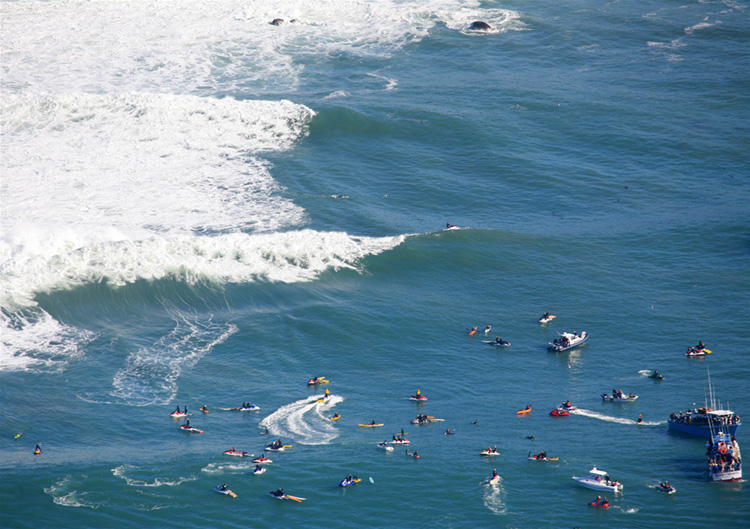 Mavericks: the first surf contest was held here in 1999 | Photo: Jurvetson/Creative Commons