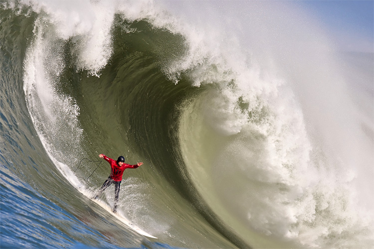 Mavericks: one of the most dangerous surfing waves in the world | Photo: Jacobovs/Creative Commons