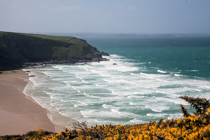 Mawgan Porth Beach: a popular surf break in Cornwall | Photo: Creative Commons/Robert Hewitt