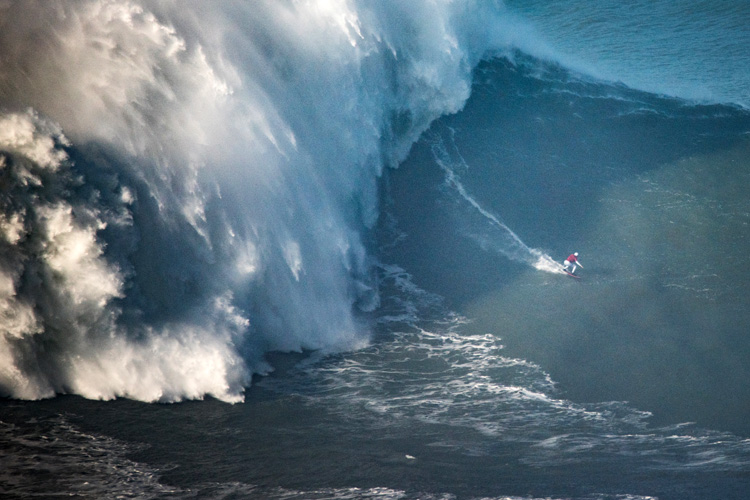Maya Gabeira: this wave measured 68 feet and was ridden at Nazaré's Praia do Norte | Photo: Aleixo/WSL