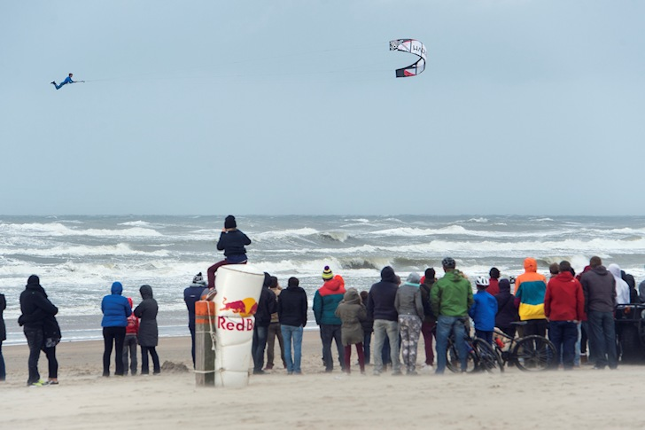 Red Bull Megaloop Challenge: getting high is always good