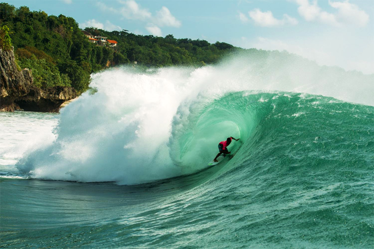 Mega Semadhi: he won his second Rip Curl Cup Padang Padang title | Photo: Nate Lawrence/WSL