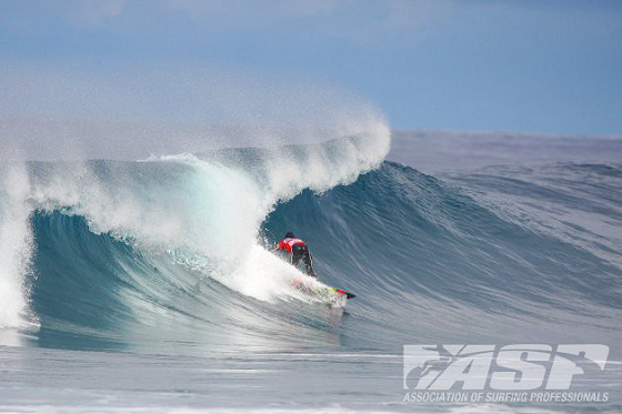 Messias Felix: silky wave face ahead in Azores