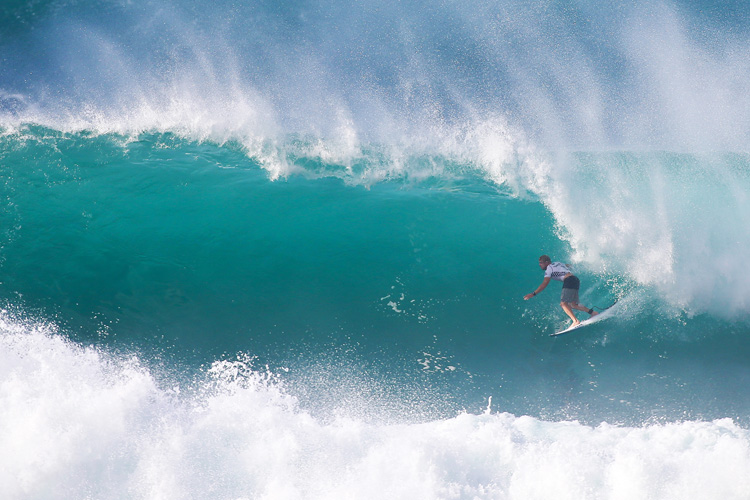 Mick Fanning: first ever victory in Hawaii | Photo: Masurel/WSL