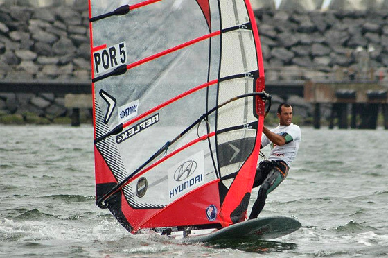 Miguel Martinho: flying with the Portuguese Formula Windsurfing flag