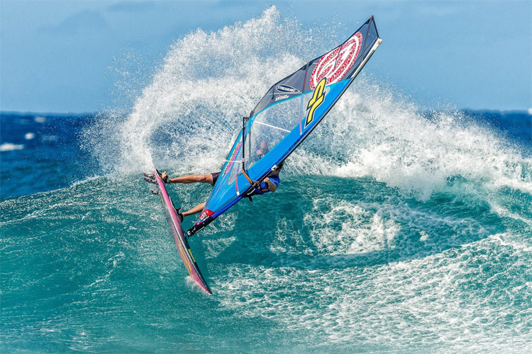 Morgan Noireaux: he put on a dominant performance at Hookipa | Photo: Crowther/IWT